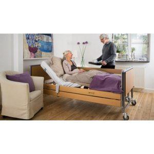 Letti ospedalieri per degenza e accessori